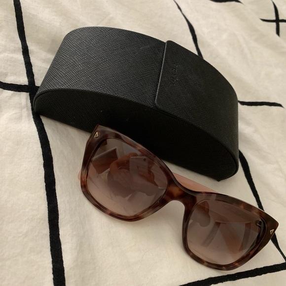 947fd7102333 Prada PR09SS Tortoiseshell/pink sunglasses. M_5be206a9aaa5b8af2c38df9e